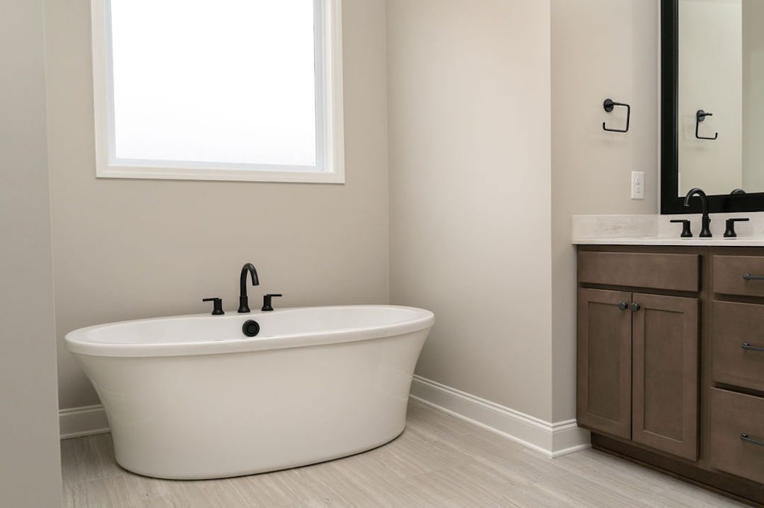 Birch Master Bath with Garden Tub