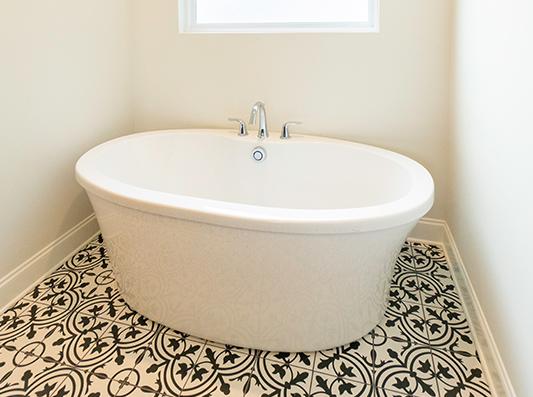 Willow Master Bath Garden Tub